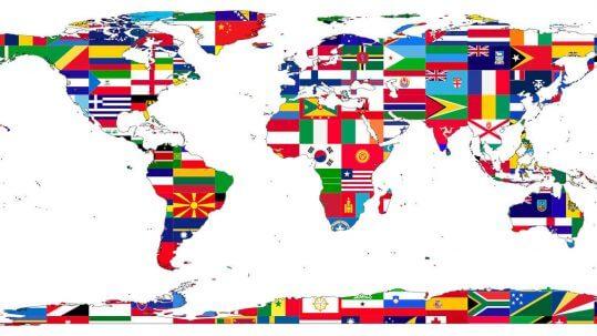 mapa del mundo con banderas